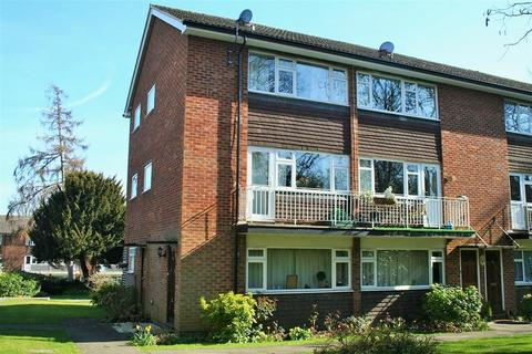 2 bedroom maisonette to rent - Calder Court, Gringer Hill