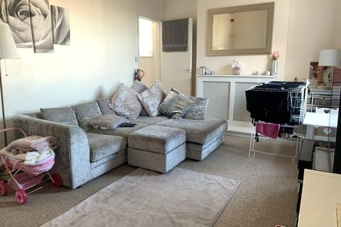 2 bedroom apartment to rent - High Street, Rusthall