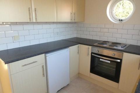 2 bedroom flat to rent - Tonnelier Road, Dunkirk, Nottingham
