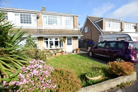 3 bedroom semi-detached house for sale - Chantry Drive, East Ayton
