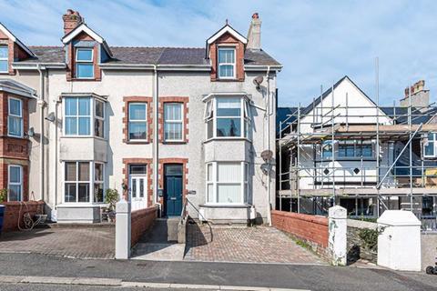 2 bedroom flat for sale - Bryn Goleu Avenue North, Holyhead