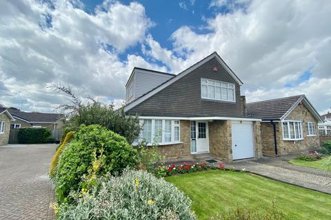 3 bedroom detached house for sale - The Horseshoe, Driffield