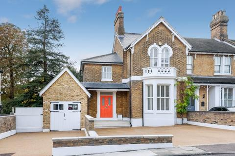 4 bedroom semi-detached house for sale - Lion Road, Bexleyheath