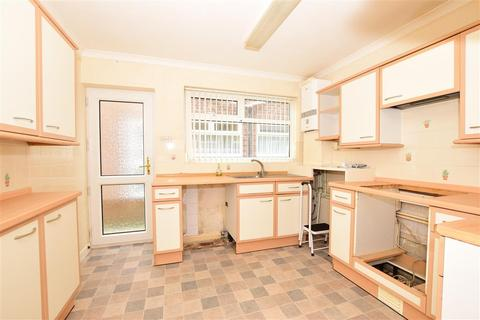 2 bedroom ground floor flat for sale - Ramsgate Road, Broadstairs, Kent