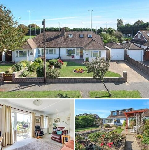 4 bedroom bungalow for sale - Clarence Drive, East Preston, West Sussex, BN16