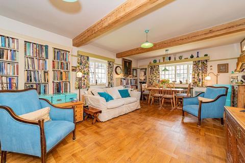 2 bedroom apartment for sale - Waterlow Court, Heath Close, Hampstead Garden Suburb, NW11