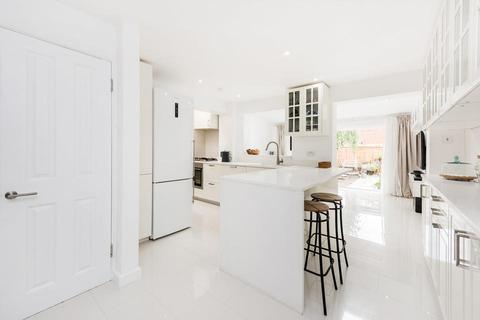 3 bedroom end of terrace house to rent - Strathnairn Street, London SE1