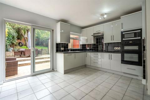 4 bedroom end of terrace house to rent - Salehurst Road, Brockley, London, SE4