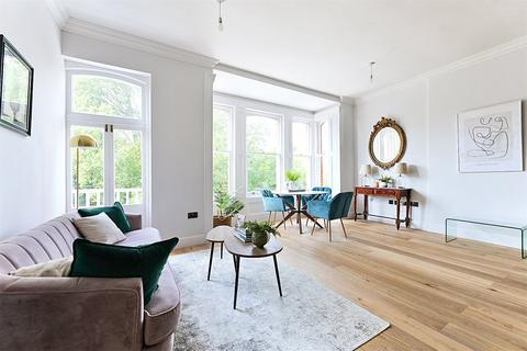 2 bedroom apartment for sale - Preston Park Avenue, Brighton, East Sussex, BN1