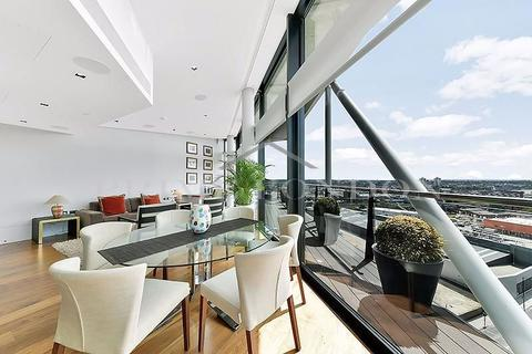 3 bedroom penthouse for sale - Four Riverlight Quay, Nine Elms, London