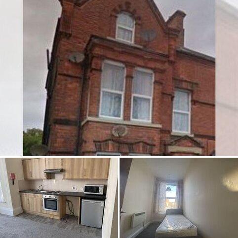 1 bedroom apartment to rent - LET ME....1 Bed First Floor, Flat 6, 63 Wellington Road, Bridlington YO15 2AX