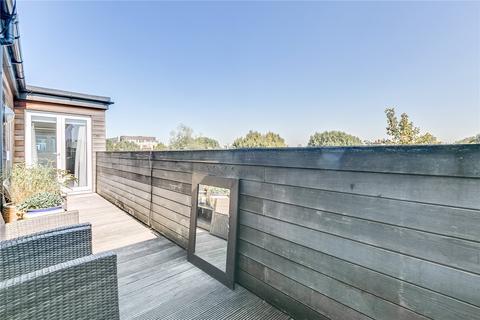 2 bedroom penthouse for sale - Acris Court, Acris Street, London, SW18