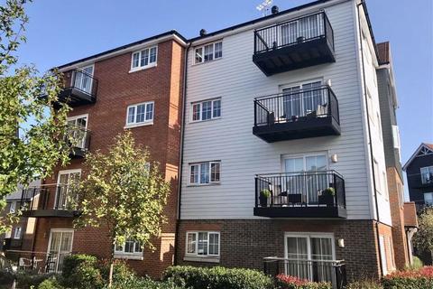 2 bedroom flat for sale - Churchill Court, Dunton Green, TN14