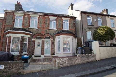 3 bedroom terraced house for sale - Lascelles Road, Dover