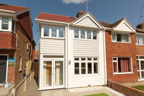 4 bedroom semi-detached house for sale - The Vale, Broadstairs
