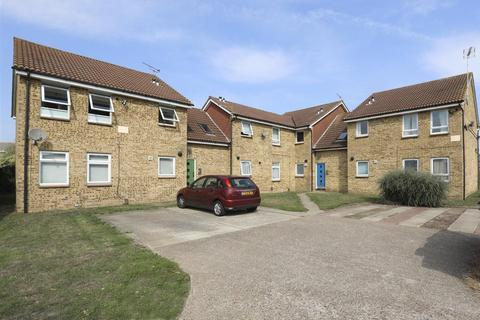 1 bedroom flat - Whimbrel Close, Sittingbourne