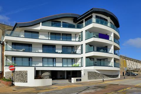 2 bedroom apartment for sale - Granville Marina, Ramsgate