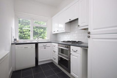 2 bedroom flat to rent - 2 Bedroom Flat to Let on Melrose Avenue, NW2