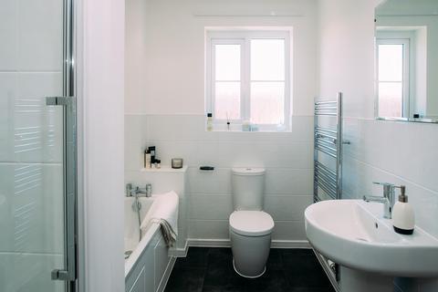3 bedroom semi-detached house to rent - Cromwell Road, Ellesmere Port