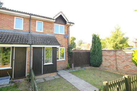 1 bedroom end of terrace house to rent - Chiltern Avenue, Farnborough, GU14