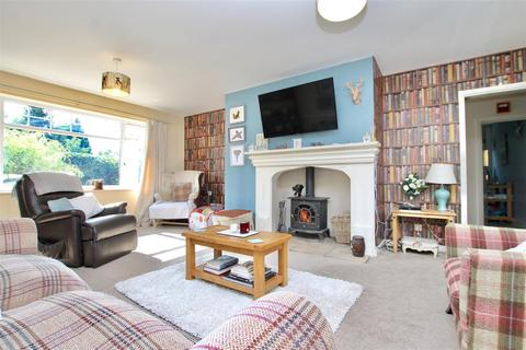 3 bedroom detached house for sale - Main Street, Hougham, Grantham
