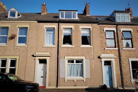 3 bedroom terraced house for sale - Lovaine Row, Tynemouth