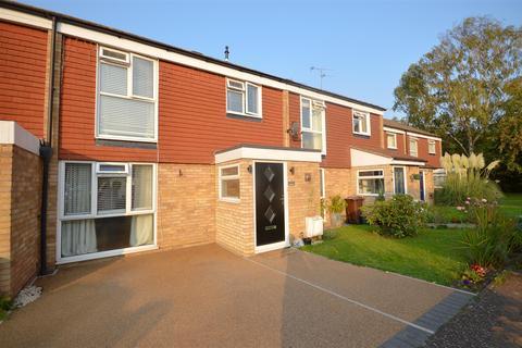3 bedroom terraced house - Maplefield, Park Street, St. Albans