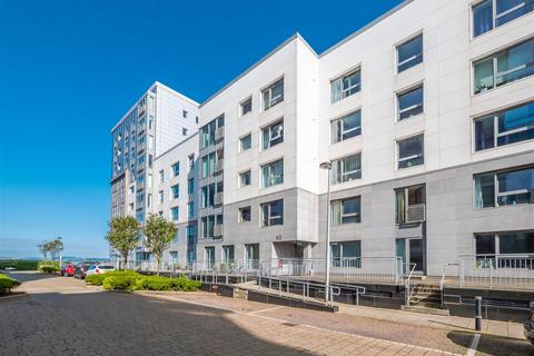 2 bedroom flat for sale - 10/13 Western Harbour Midway, Edinburgh, EH6 6PT