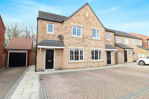 3 bedroom semi-detached house to rent - Longleat Avenue, Elloughton, Brough