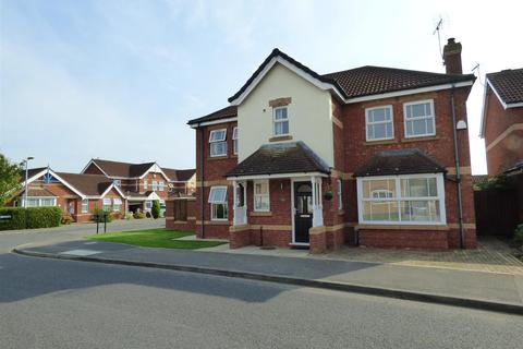 4 bedroom detached house for sale - Nornabell Drive, Molescroft, Beverley, East Riding of Yorkshire, HU17 9GJ