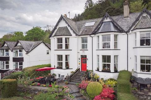 6 bedroom semi-detached house - Llanrwst Road, Betws Y Coed