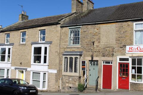 3 bedroom terraced house to rent - The Bank, Barnard Castle