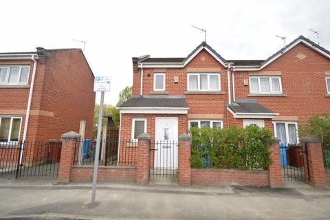 3 bedroom house to rent - Mallow Street, Manchester