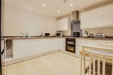 2 bedroom apartment to rent - 426 Avebury Boulevard, Milton Keynes