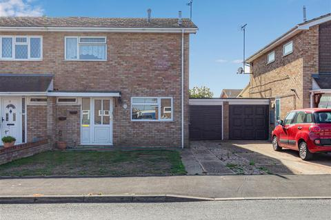 3 bedroom semi-detached house for sale - Arcadia Road, Burnham-On-Crouch