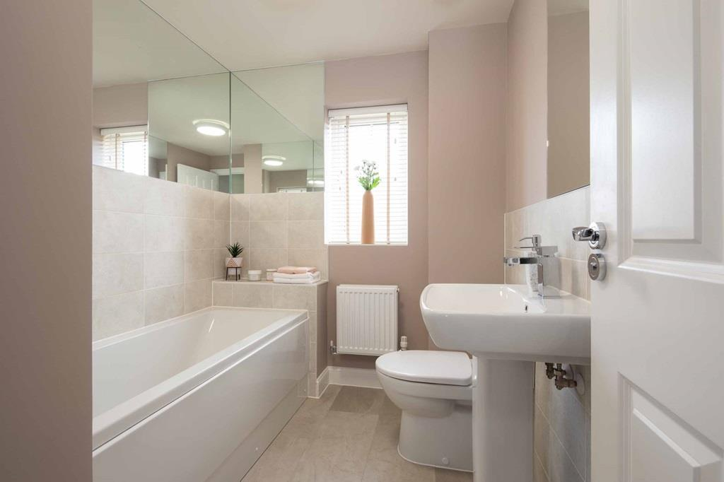 Morpeth internal bathroom, barratt homes, orchard green, kingsbrook