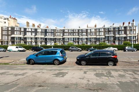 5 bedroom end of terrace house for sale - Royal Crescent, Brighton, East Sussex, BN2