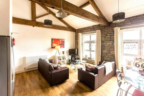 6 bedroom penthouse to rent - Viaduct Works, 1-3 Ray Street, Huddersfield, HD1
