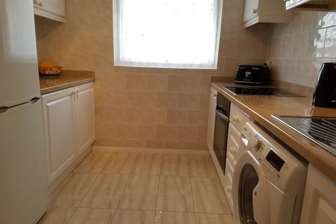 2 bedroom flat to rent - Ingersoll Road, EN3 - Immaculate Two Bedroom Apartment With Modern And spacious Interior.
