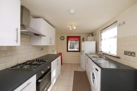 2 bedroom terraced house to rent - Louise Road, Stratford, London. E15