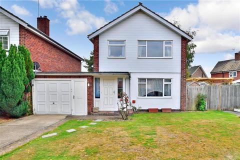 3 bedroom detached house for sale - Forest Road, Paddock Wood, Tonbridge, Kent