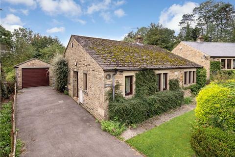 2 bedroom detached bungalow for sale - Hall Close, Austwick, Lancaster