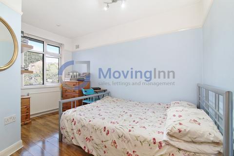 House share to rent - Waddington Way, Upper Norwood, SE19