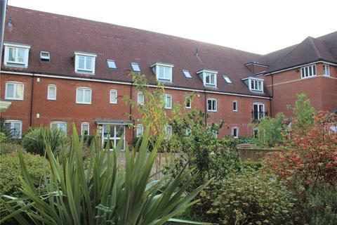 2 bedroom flat for sale - Wingfield Court, Banstead, Surrey, SM7