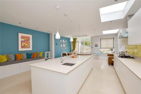 4 bedroom semi-detached house - Coleraine Road, Blackheath, London, SE3