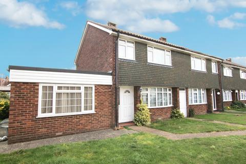 3 bedroom house to rent - Pilgrims Close, BN14