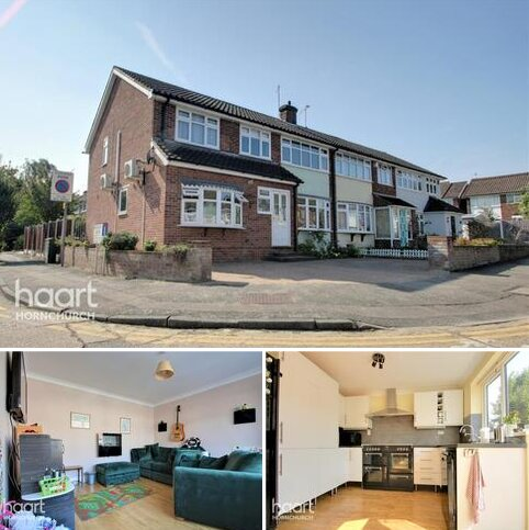 4 bedroom end of terrace house for sale - Hedingham Road, Hornchurch