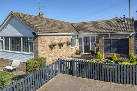 3 bedroom detached bungalow for sale - Woodrow Chase, HERNE BAY, Kent