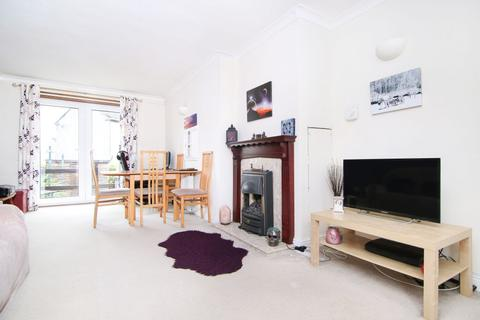 2 bedroom end of terrace house for sale - 14 Deanpark Bank, Balerno EH14 7LG