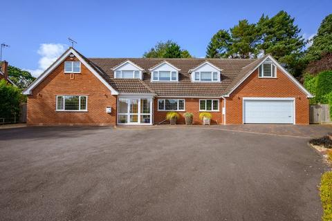 6 bedroom detached house for sale - Paddock Drive, Dorridge